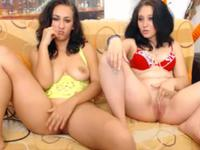 Girlfriends get naked and masturbate on cam