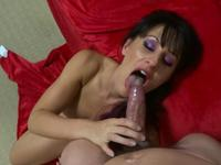 Woman loves to suck dick