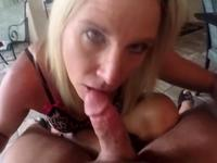 Blonde is cumshot in her face