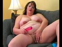 Chubby home alone babe and her toy
