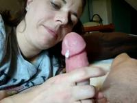 Hot wife sucks his cock in the afternoon