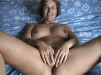 Hot amateur milf plays with her cunt